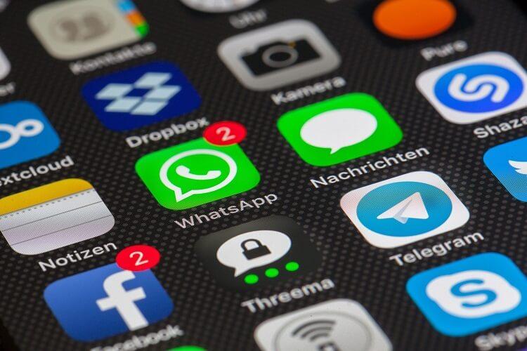 So schraenken Sie die Berechtigungen von WhatsApp ein