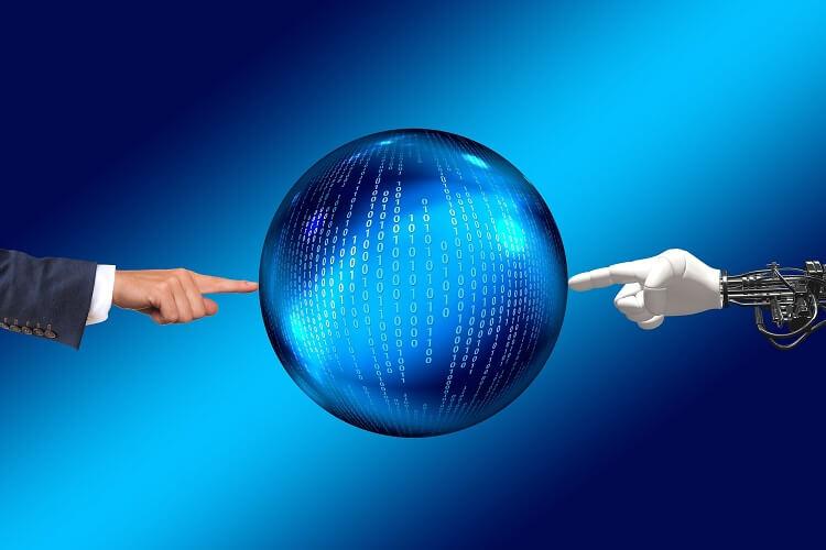Angriff der Chatbots - Schadenregulierung in drei Sekunden